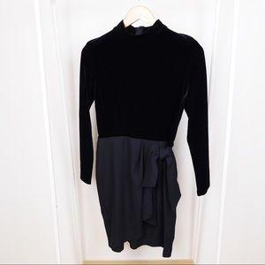Vintage Black Velvet Knee Length Party Dress